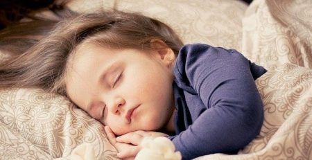 Brain Selectively Filters Sounds While We Sleep to Keep Us Snoozing
