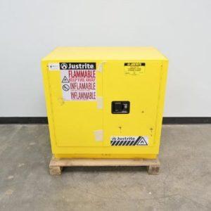 justrite 22 gallon sure grip ex flammable liquid storage cabinet manual close